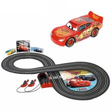 Carrera First Disney Cars Racebaan 2,4 m + 2 Auto's
