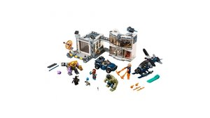 Lego Marvel Avengers 76131 Strijd bij de Basis van de Avengers